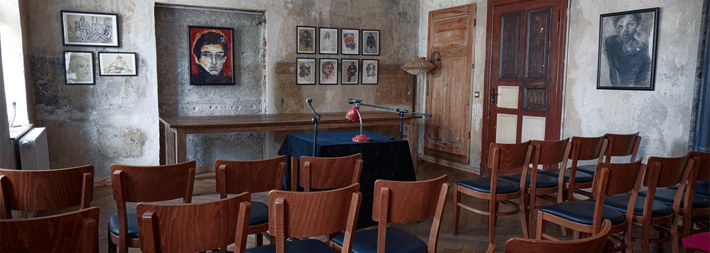 Neuer Salon in der Brotfabrik, Literatur