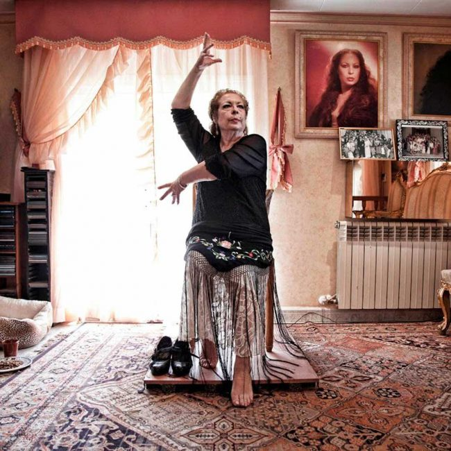 28.09. - 04.10. um 19.00 Uhr: Erstaufführung! Mein Leben: Ein Tanz (LA CHANA)