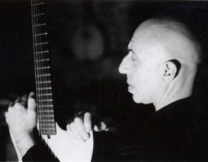 "Nur am 05.06. um 21.00 Uhr: Auxxx & Brotfabrik present Cinesthesia Screen Concert 005 Elliott Sharp vertont ""1984"" (1956)"