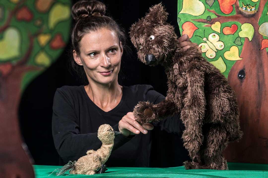 Gans der Bär Puppenspiel frei nach Katja Gehrmann mit Nicole Gospodarek