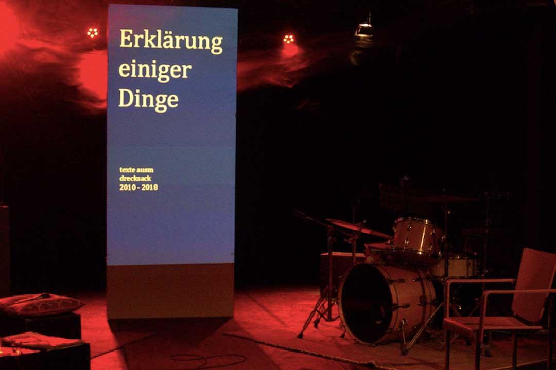 Donnerstag 17.01.2019, 20.00 Uhr, BrotfabrikBühne: »Erklärung einiger Dinge« – Lesung mit Schlagzeug und E-Gitarre