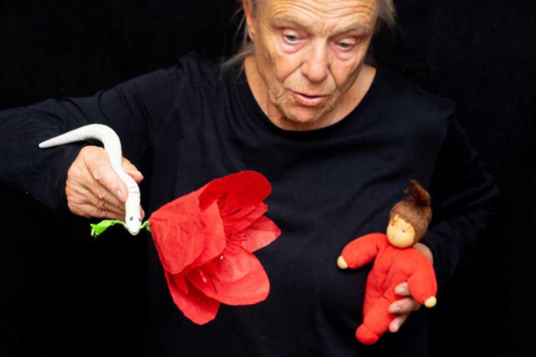 Die Blume Tulipan frei nach Wilhelm Busch gespielt mit buntem Papier, Puppen und Spielzeug mit Maria Mägdefrau für Kinder von 4 bis 9 Jahren - Spieldauer: 40 Minuten
